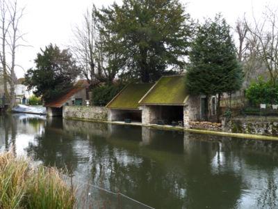 Lavoirs anciens sur L'Essonne